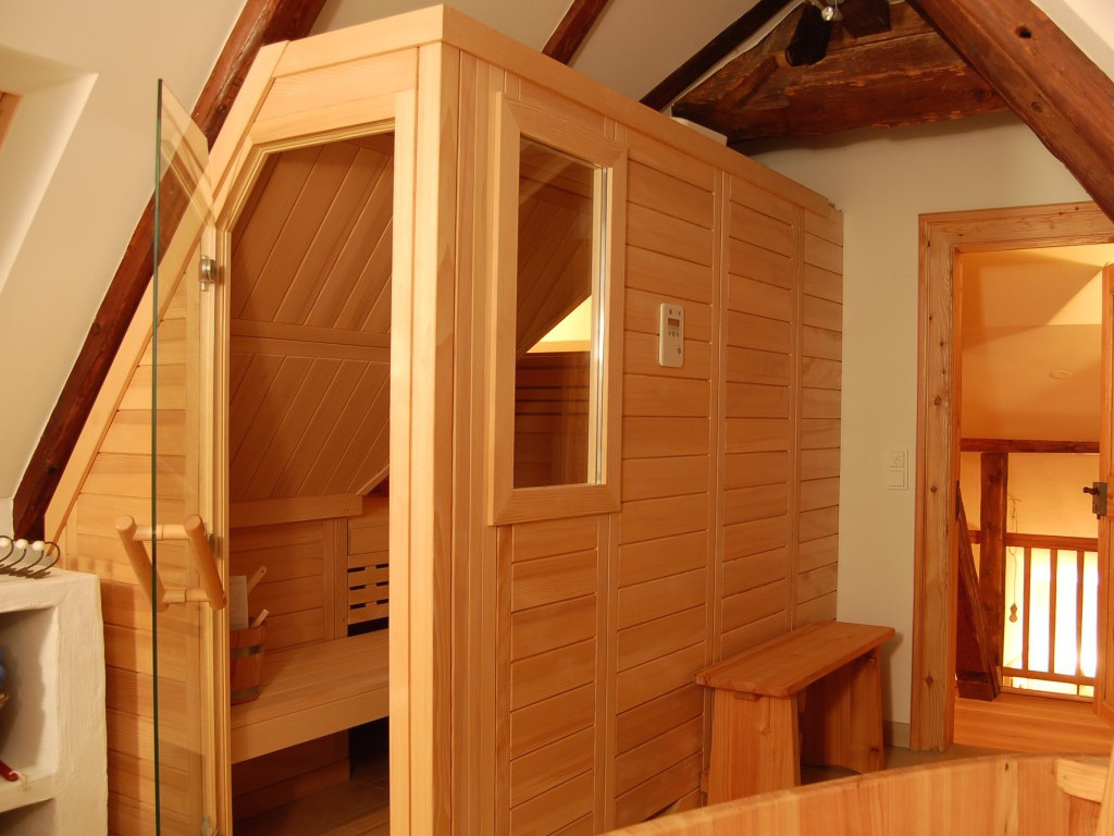 sauna kaufen in der schweiz direkt vom sauna hersteller. Black Bedroom Furniture Sets. Home Design Ideas